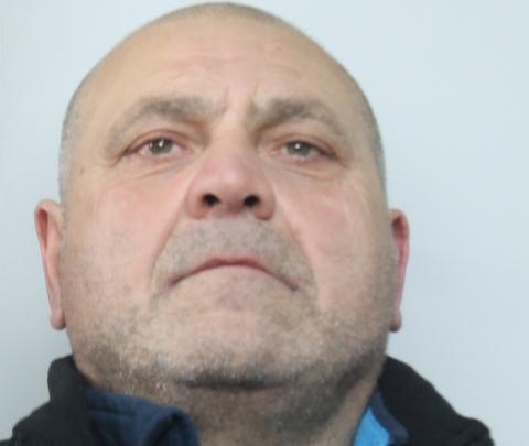 Solarino,  trovato con 3 pistole e un chilo di hashish: arrestato