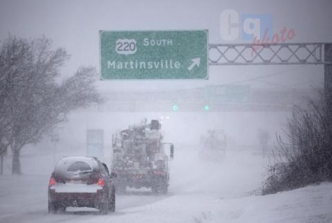 Bufera di neve negli Stati Uniti: ci sono già dieci morti
