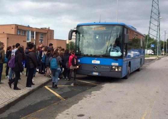 Studenti pendolari di Portopalo? La soluzione verso i privati