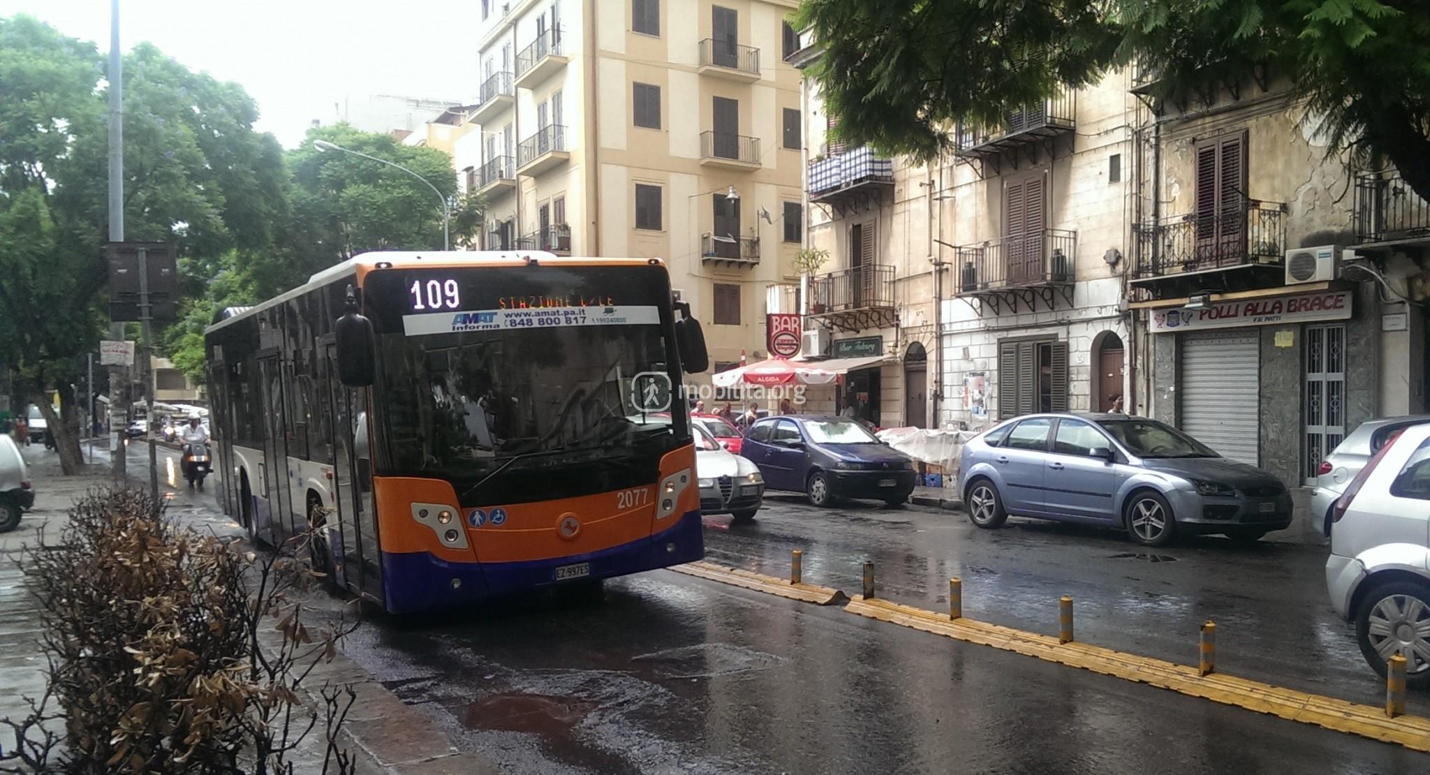 Palermo, controllore dell'Amat picchiato da passeggero senza biglietto