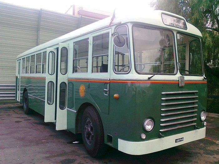 Palermo, per il 1° Maggio in circolazione bus storico dell'Amat