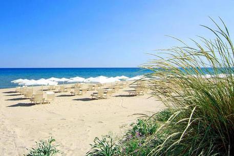 Bus vacanze con a bordo minori senza assicurazione a Taranto