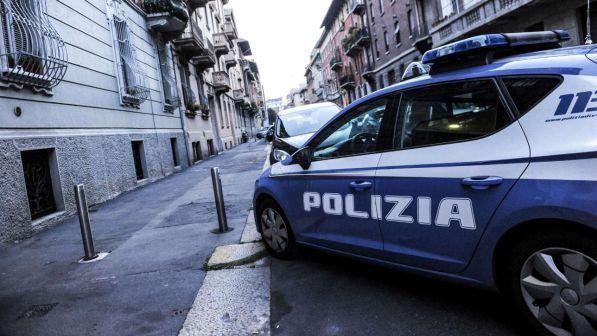 Soldi in cambio del permesso di soggiorno: arrestati 6 agenti a Milano