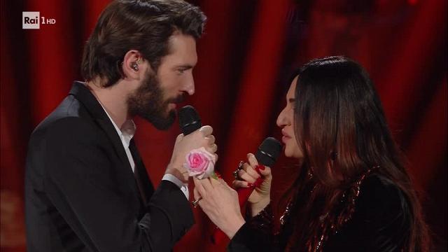Sanremo 2018, Giovanni Caccamo e Arisa: duetto da emozioni intense