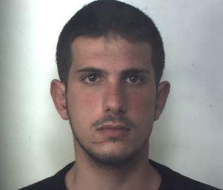 Droga a Siracusa, un arresto e un cuoco denunciato per spaccio