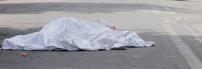 Cadavere di un 72enne scoperto in strada nel Palermitano