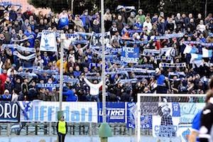 """Siracusa, preparativi dei tifosi per la promozione: """"Ci siamo"""""""