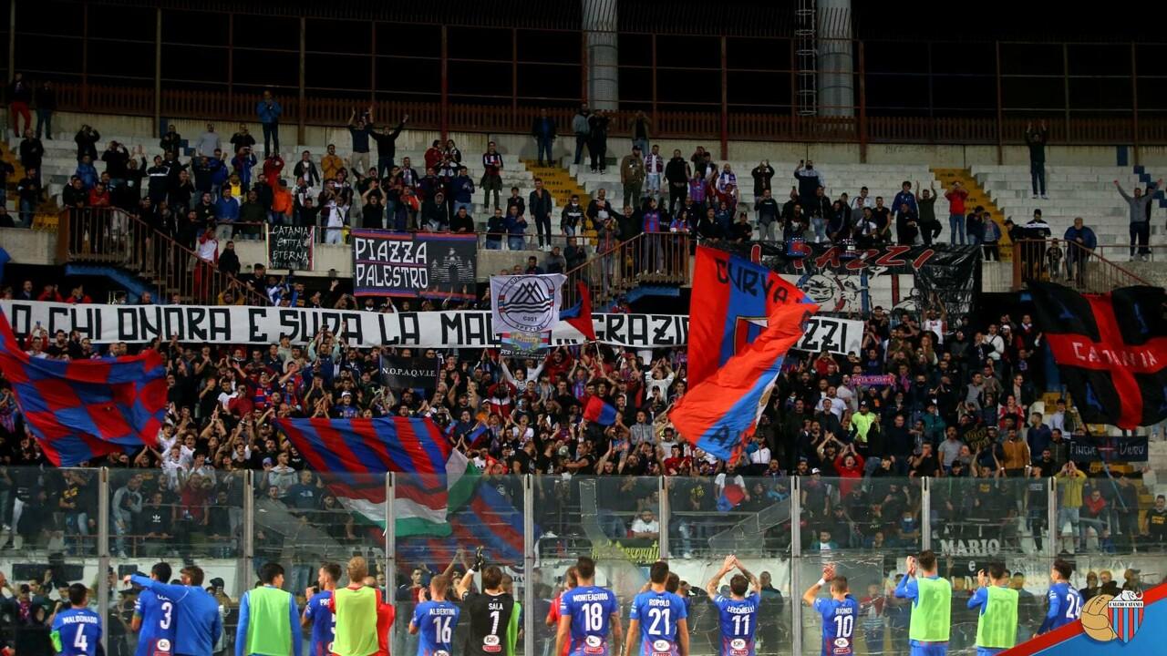 Calcio di serie C: stipendi non pagati dalla società, il Catania messo in mora dalla squadra