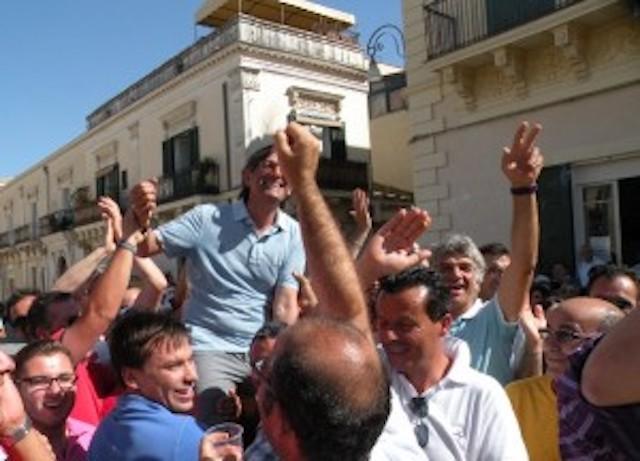 Elezioni a Rosolini, la partita per il sindaco si gioca sul palco: domani 3 comizi