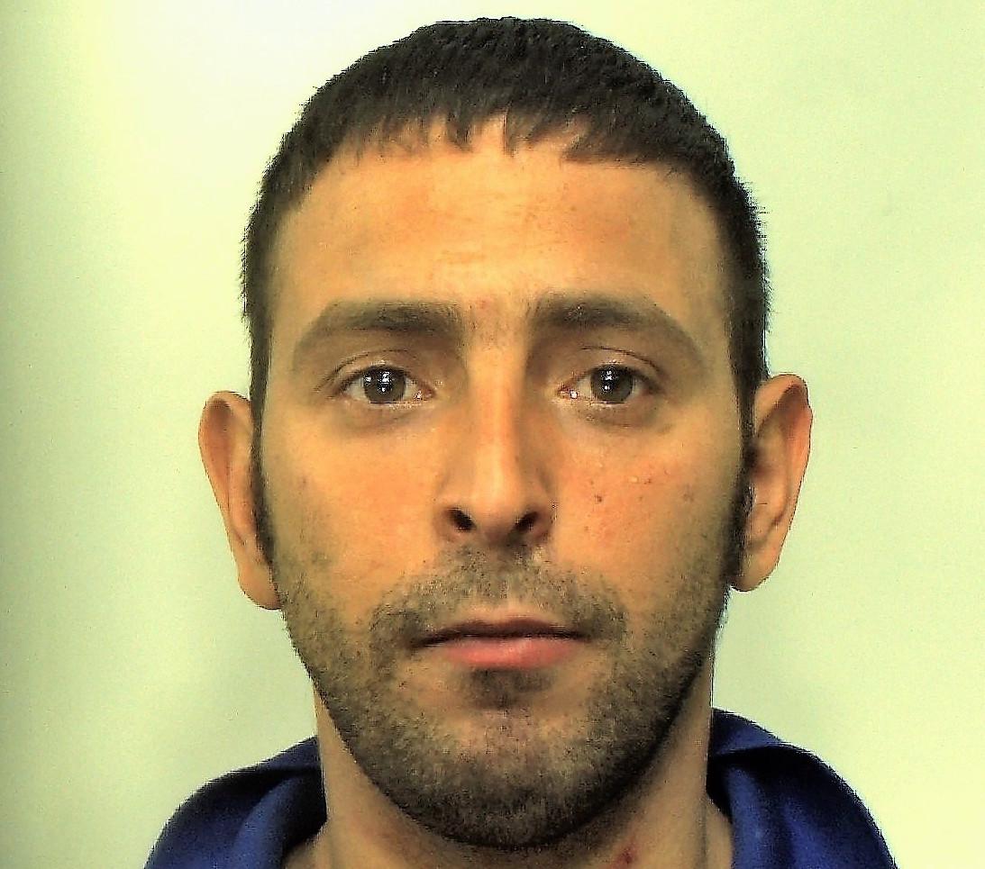 Ramacca, rapinò una tabaccheria nel periodo del look down: arrestato