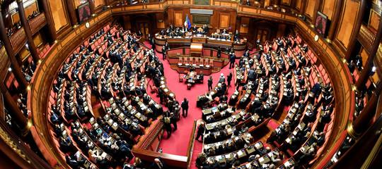 Rapporto Openpolis - Agi: partiti italiani con le casse vuote
