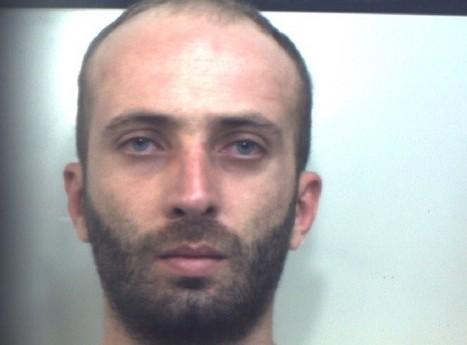 Carlentini, gli aggravano la misure cautelare: in carcere per la droga