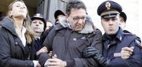 Napoli, ordinato un blitz anticamorra: cento arresti in tutta Italia