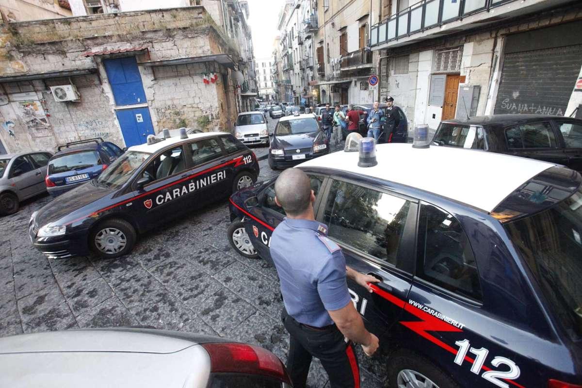 Camorra, minacciano un pentito per farlo ritrattare: 10 arresti nel Napoletano