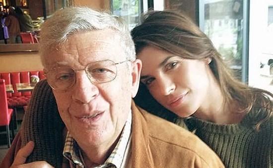 Lutto per Elisabetta Canalis, morto all'improvviso negli Usa il padre