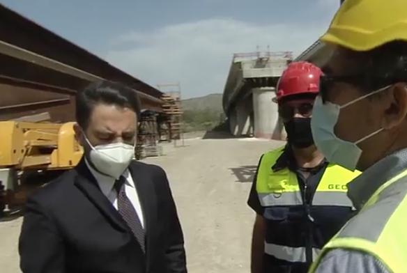 """Il vice ministro Cancelleri sull'Himera: """"Riapriremo il viadotto a luglio"""""""