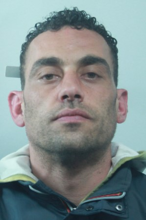 Catania, scippa il telefonino ad una donna: viene arrestato pochi minuti dopo