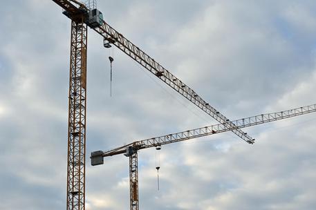 Nel crotonese il 93% dei cantieri non risulta in regola