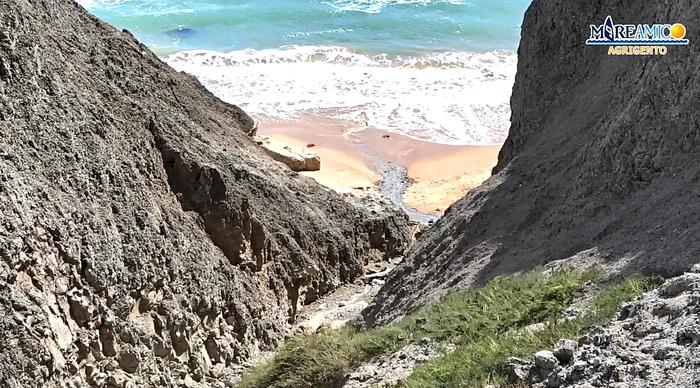Dissesto idrogeologico, si sgretola la collina del Caos ad Agrigento
