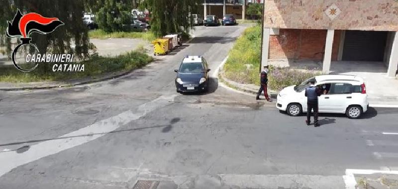Sparatoria tra bande a Librino per la droga: 2 morti e 4 feriti a Catania