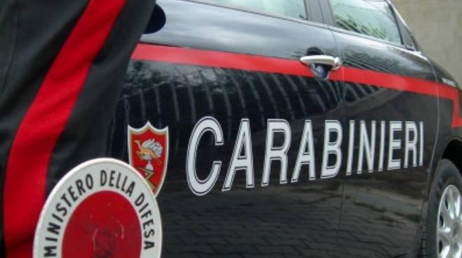 Lite tra cognati a Belvedere, intervengono i carabinieri