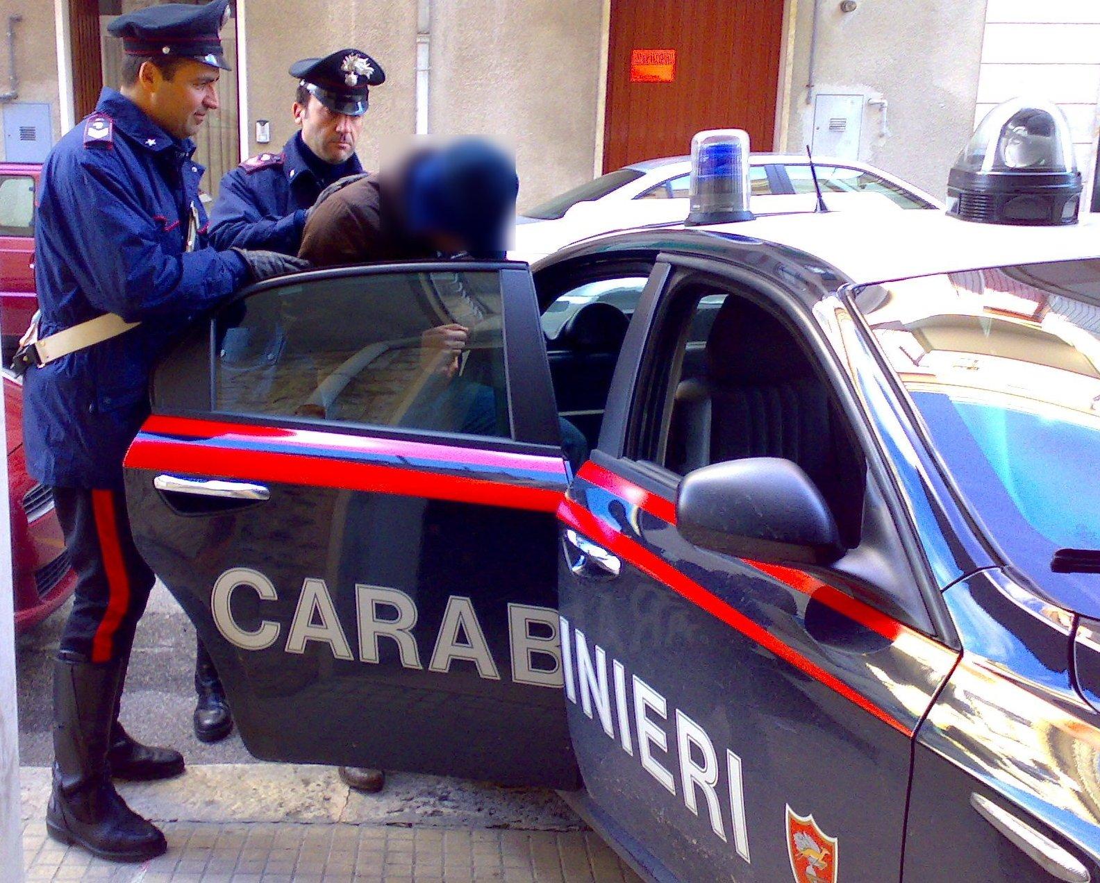 Mazara, cercò dar fuoco a un locale: arrestato dai carabinieri