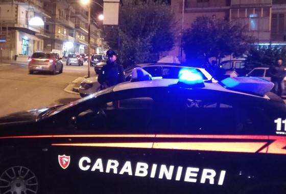 Ragusa, tentavano di rubare ruote da un'auto: un arresto e 3 denunce