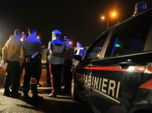 Agguato a Riesi nella notte: disoccupato ferito al petto con un colpo di pistola