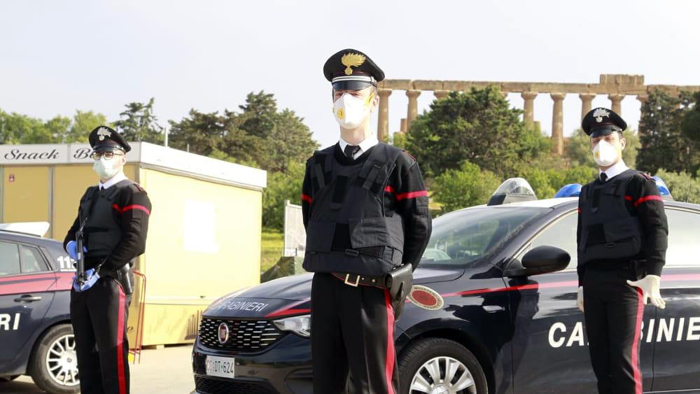 Carabinieri Agrigento donano alla Protezione civile fondi per i poveri