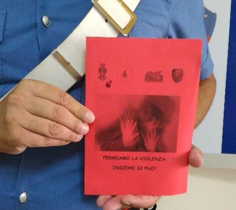 Siracusa, aggredisce la moglie dopo una lite: intervengono i carabinieri