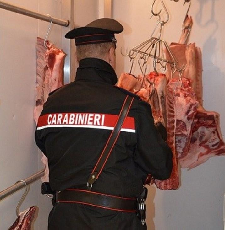 Rubano e tentano di macellare illegalmente degli ovini a Rosolini