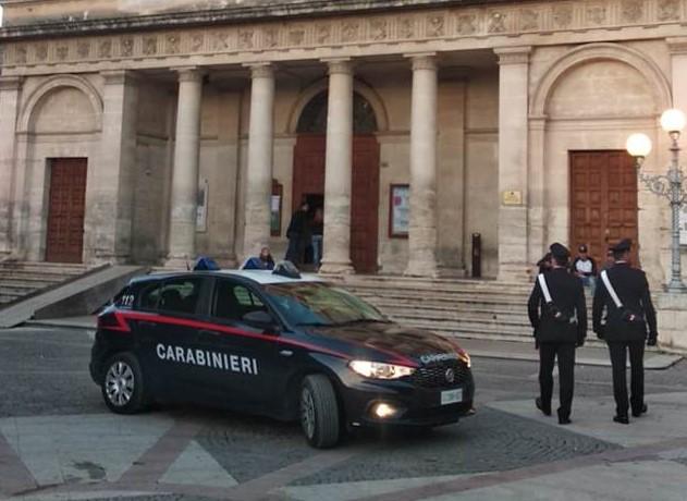 Vittoria, controlli antidroga dei carabinieri: un arresto e una denuncia