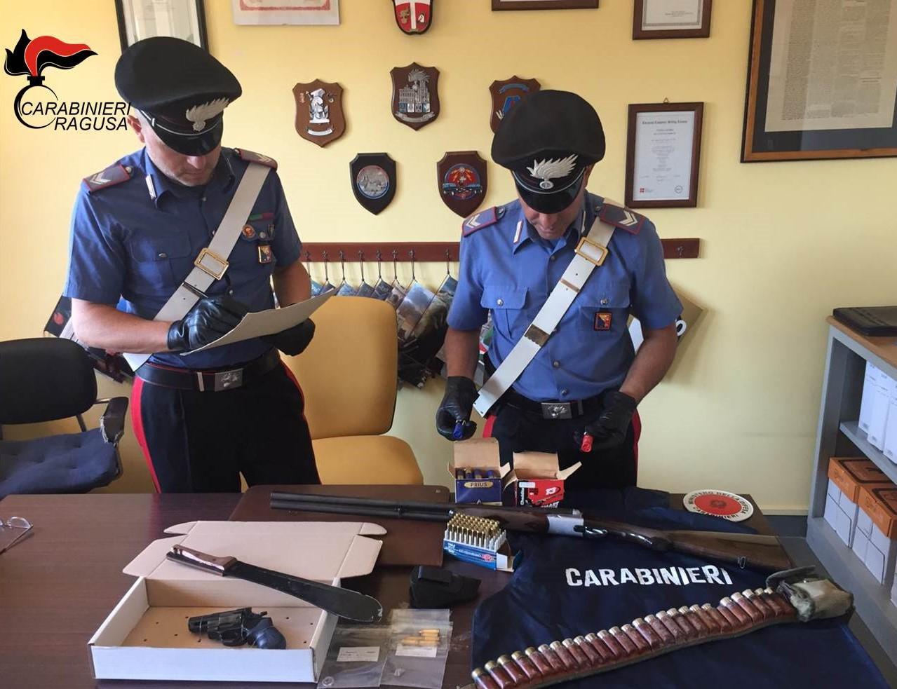 Vittoria, sparatoria per un posto auto: due persone denunciate dai carabinieri