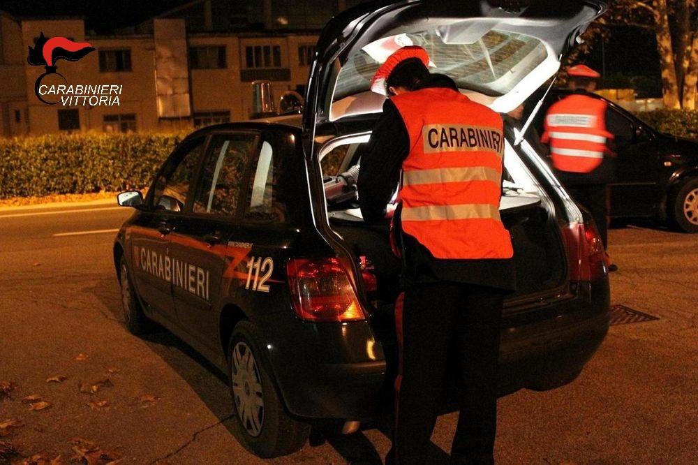 Vittoria, controlli a tappeto dei carabinieri: arresti e denunce