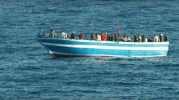 Migranti, nelle isole Turks e Caicos trovati 20 cadaveri in una barca