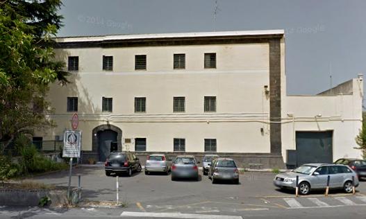 Carcere di Acireale, incendio in una cella: detenuto resta intossicato