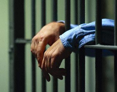 Siracusa, vìola più volte i domiciliari: finisce in carcere