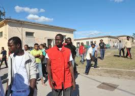 Accoglienza ai migranti, a Modica operatori da 7 mesi senza stipendi