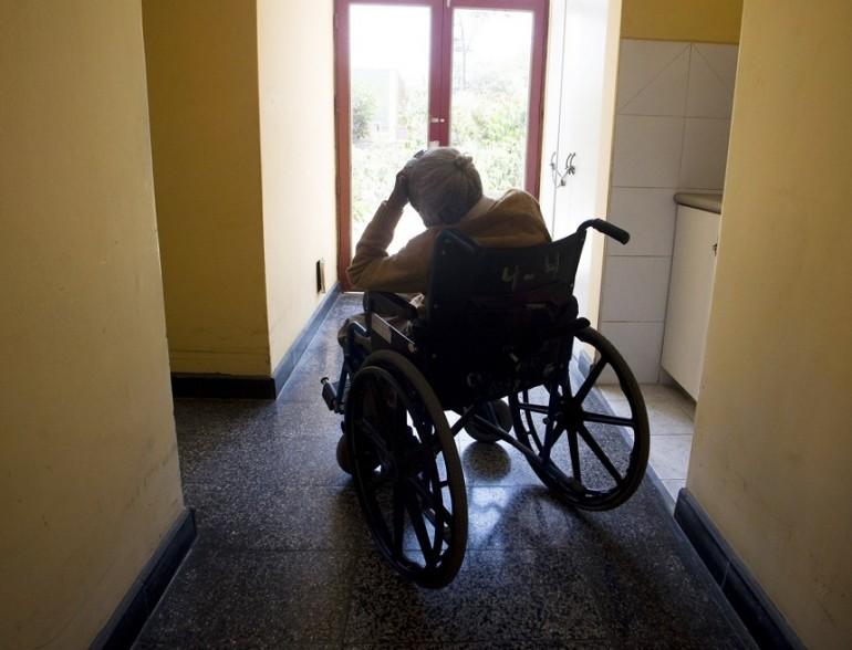 Anziani, sequestrata una casa di riposo abusiva nel Palermitano