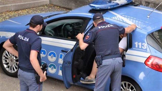 Casamonica: picchia papà di un coetaneo, arrestato 17enne del clan