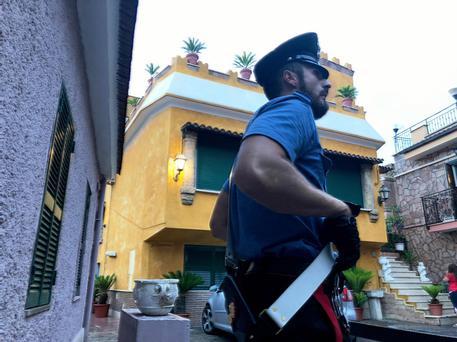 Roma, altra stangata al clan  dei Casamonica: 22 arresti per un giro di droga