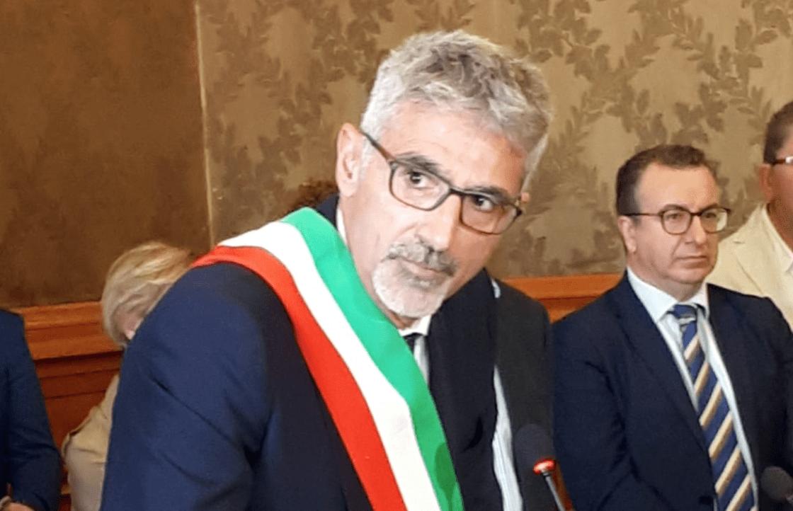 Indagato il sindaco di Ragusa per l'affidamento del campo di rugby