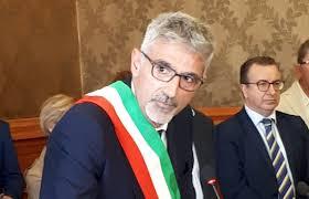 """Il sindaco di Ragusa Cassì: """"Possiamo chiudere tutto tranne le scuole"""""""