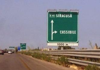 Sulla Cassibile- Rosolini ripresi i lavori per  il ripasso della segnaletica