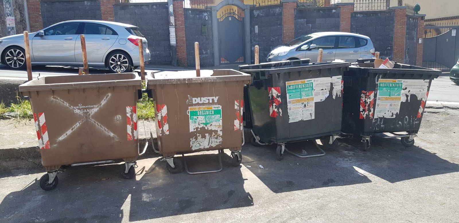 Catania, chiesta la sanificazione dei cassonetti nei rioni  Cibali-Trappeto