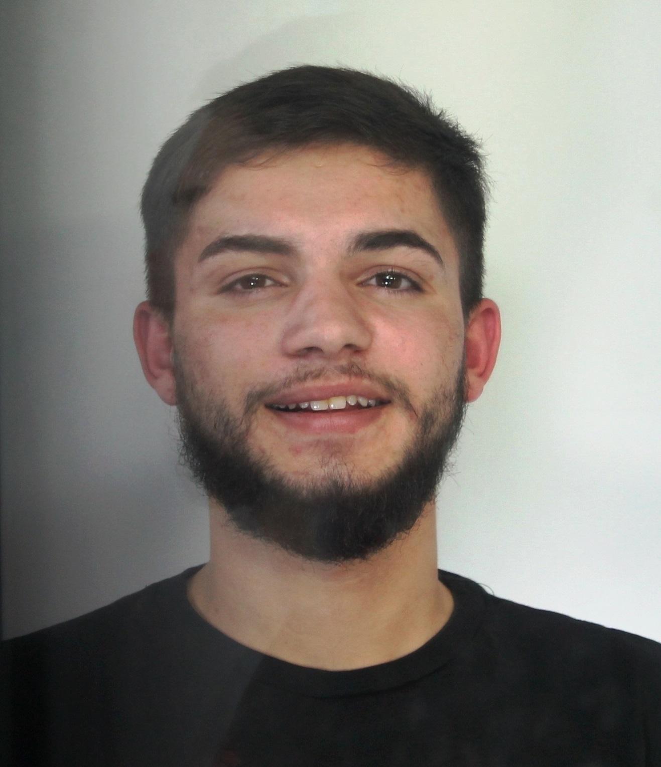 Catania, lo portano in carcere per fatti legati alla droga