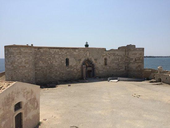 Siracusa, un bando per la gestione degli spazi di Castello Maniace