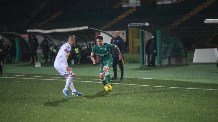 Il Catania gioca bene e va due volte in gol, etnei espugnano il campo dell'Avellino