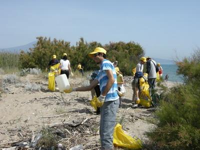 Spiagge e fondali puliti, Legambiente in azione a Catania e Siracusa