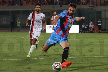Catania, un altro 0 a 0: gli etnei sfiorano il colpaccio a Taranto